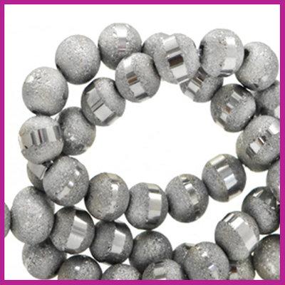 Glaskraal mat holographic line 6mm Grey silver