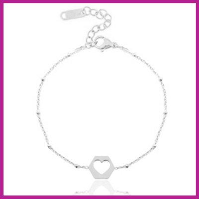 Stainless steel armbandje jasseron cut out heart zilver
