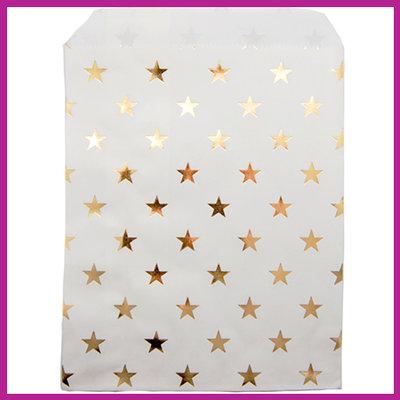 Cadeauzakje papier wit met gouden sterretjes