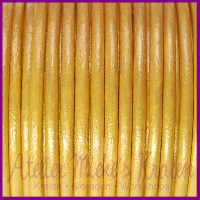 DQ leer rond 2 mm Metallic warm okergeel per 50cm