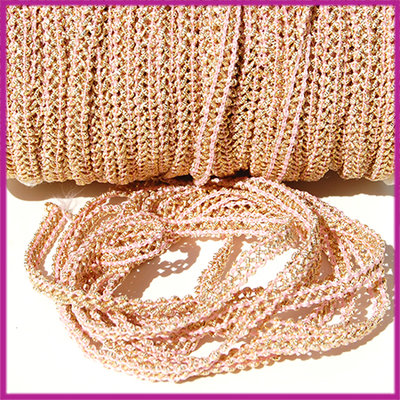 Fashion wire plat 5mm licht roze - goud per 50cm
