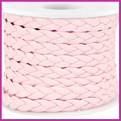 Gevlochten plat imitatie leer 6mm licht roze per 20cm