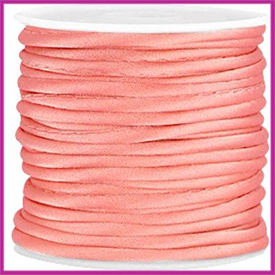 Wrap satijnkoord ca. 3mm Coral pink per 20cm