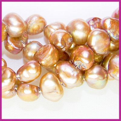 Zoetwaterparel barok ca. 6 - 7 mm lever goud