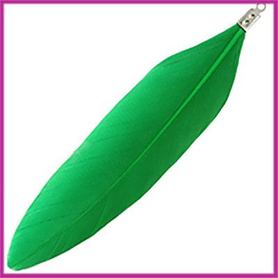 Veertje ca. 7 - 8cm met klemmetje Deep chrysolite green