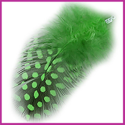 Veertje ca. 7 - 8cm met klemmetje Deep chrysolite green zwart