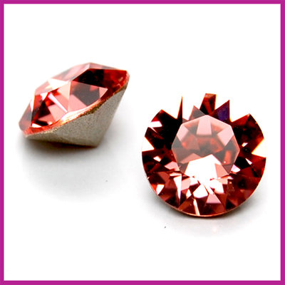 Swarovski puntsteen SS39 (8mm) Indian Pink