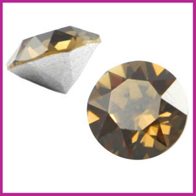 Swarovski puntsteen SS39 (8mm) Smoky Quartz Brown