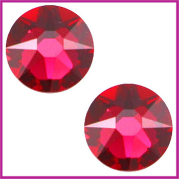 Swarosvki plaksteen SS34 (7 - 7,3mm) Ruby red