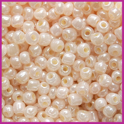 Rocailles 6/0 (4mm) Pink champagne
