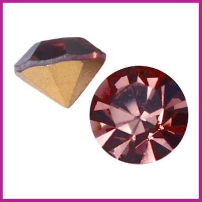 Preciosa puntsteen SS39 (8mm) Light burgundy