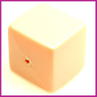 Kunststofkraal kubus pastel oranje