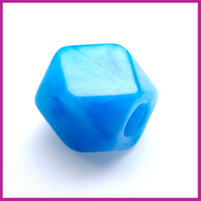 Kunststofkraal kubus klein blauw