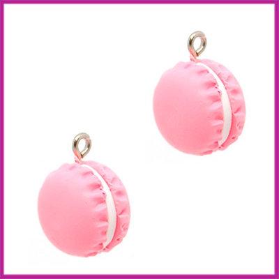 Fimo bedel / hanger macaron koraal roze