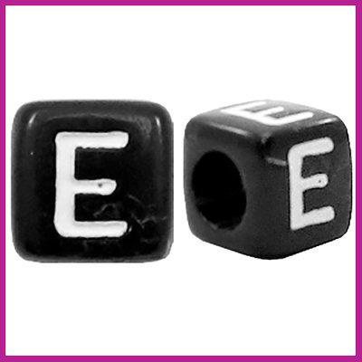 Letterkraal acryl zwart/wit blokje 6x6 mm E