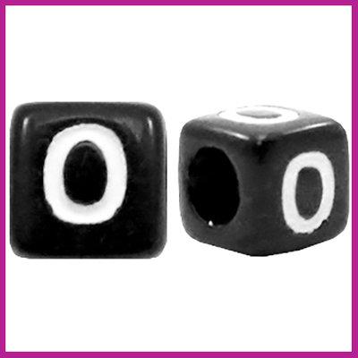 Letterkraal acryl zwart/wit blokje 6x6 mm O