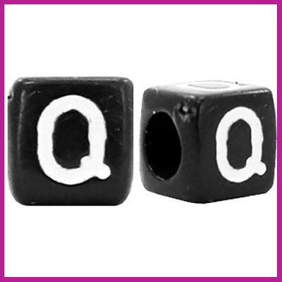 Letterkraal acryl zwart/wit blokje 6x6 mm Q