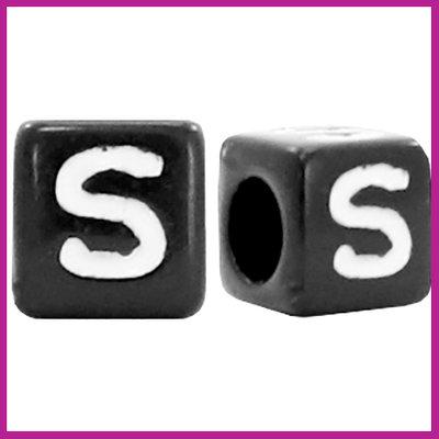 Letterkraal acryl zwart/wit blokje 6x6 mm S