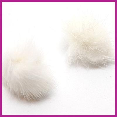 Pompom bedel met ringetje fluffy fur crème