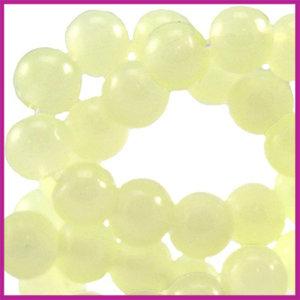 Glaskraal ø6mm opaal vintage Licht geel