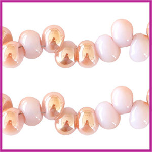Glaskralen asymmetrisch 6mm Light lilac-half rosé gold pearl shine coating
